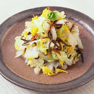 食用菊と白菜のさっぱり和え