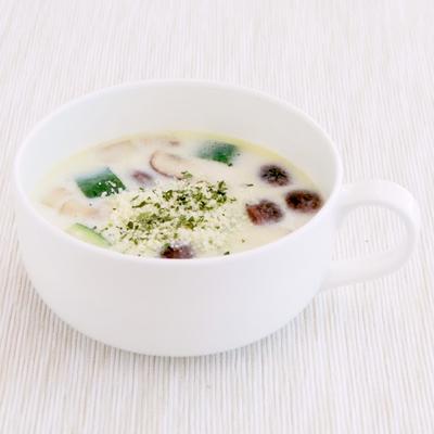 ズッキーニのミルクスープ
