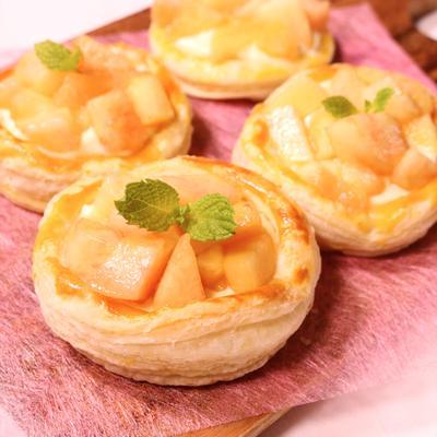 ゴロゴロ桃のクリームチーズパイ
