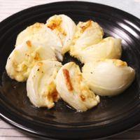 シンプルに美味しい!新玉ねぎのチーズ焼き