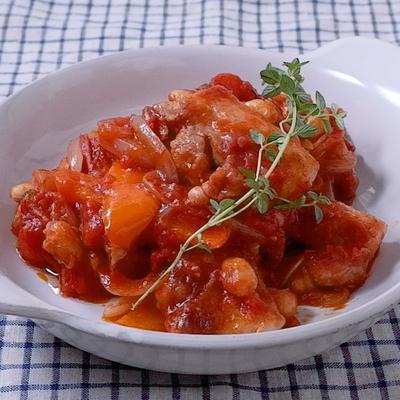 豚バラ肉と大豆のトマト煮込み
