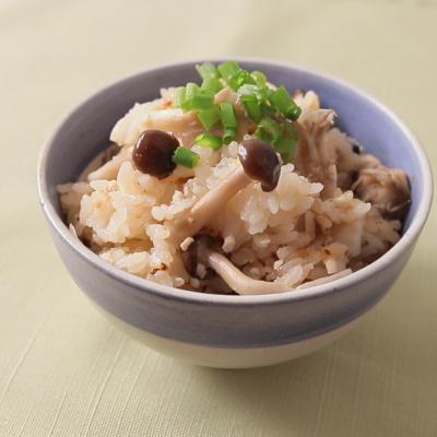 お鍋で作る ひき肉ときのこの炊き込みご飯