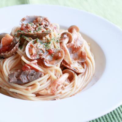 サバとあさりのトマトスパゲティ