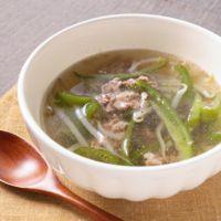 牛肉入りピーマンともやしの中華風スープ