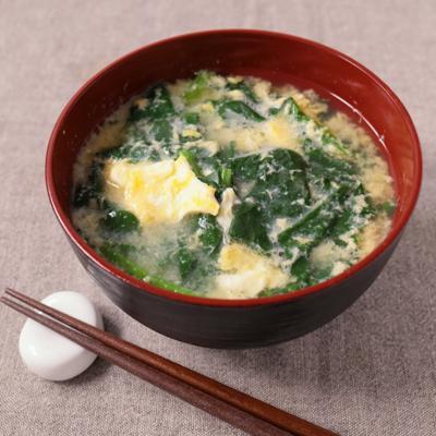 ほうれん草の卵とじ味噌汁