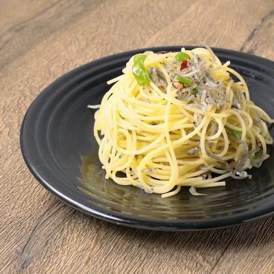 万願寺とうがらしとじゃこのスパゲティ