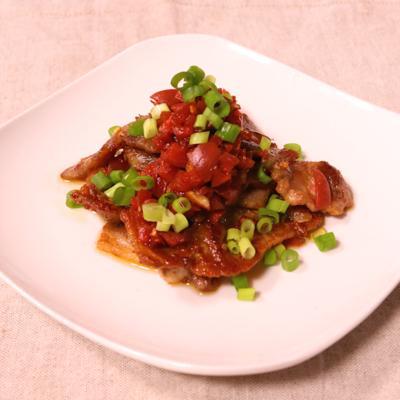 豚ロース肉の梅ソースカリカリ炒め