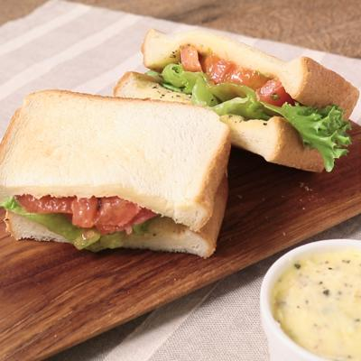 レモンガーリックバターでサンドイッチ
