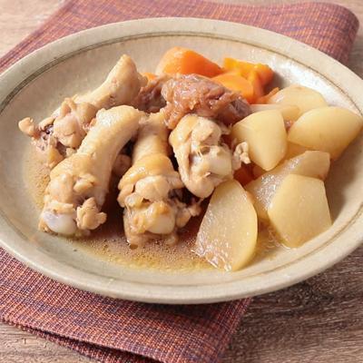 鶏手羽元と大根のさっぱり梅煮