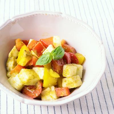 長芋とパプリカのコロコロバジルサラダ