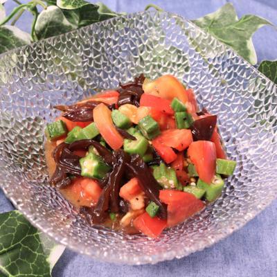 トマトとオクラのコリコリピリ辛和え