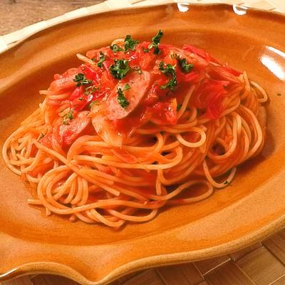 フレッシュトマトとウインナーのスパゲティ
