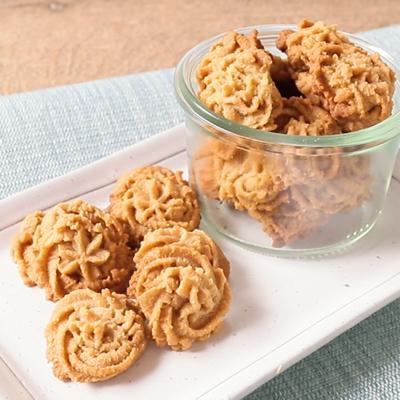 絞り出し きな粉クッキー