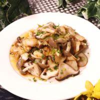 ピリ辛 鱈とキノコの豆板醤炒め