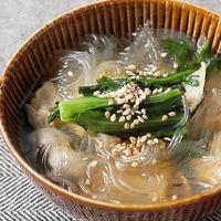 春菊と豚バラの春雨スープ