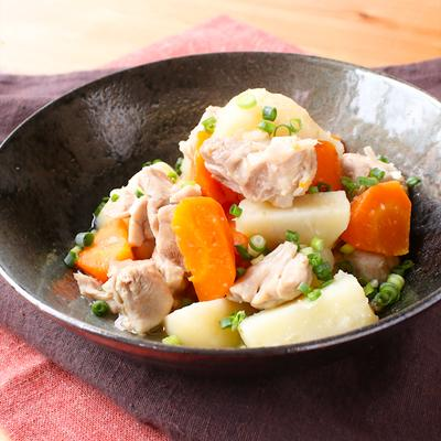 さっぱり鶏と野菜の塩煮込み