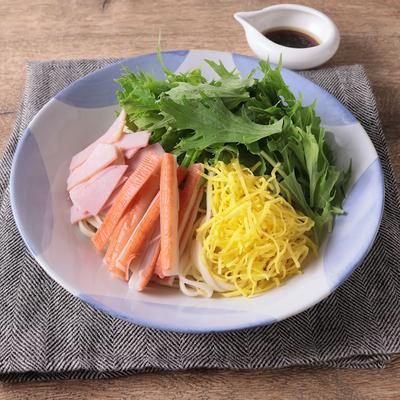 水菜たっぷりの冷やし中華風うどん
