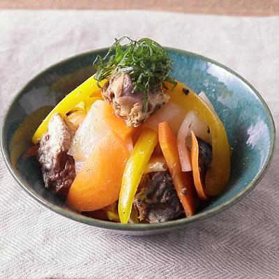 イワシ缶と彩り野菜のマリネ
