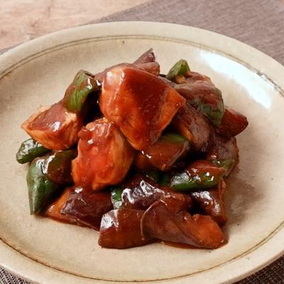 鶏むね肉となすの赤味噌炒め