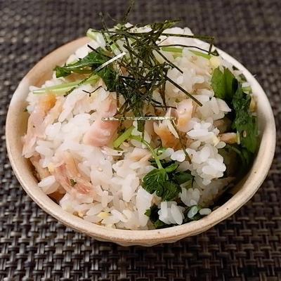 金目鯛の干物と三つ葉の混ぜご飯