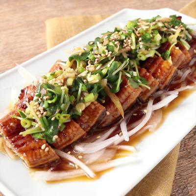 香味ソースで食べる 鰻の蒲焼き