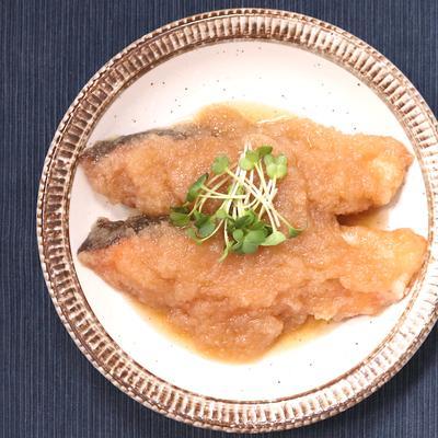 塩鮭の揚げおろし煮