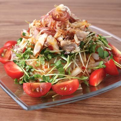 アジの干物たっぷり 中華風大根サラダ