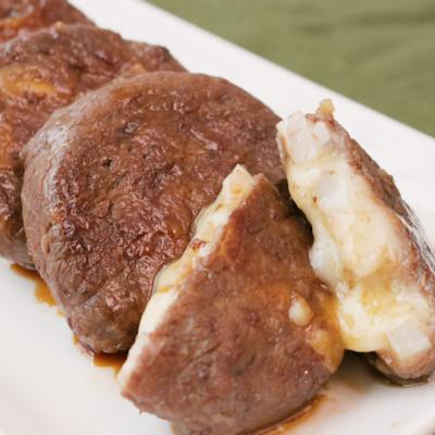 レンコンとチーズの肉巻き照り焼き
