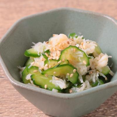 ラー油でピリ辛 きゅうりとホタテのサラダ