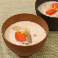 お野菜たっぷり!たらの豆乳スープ