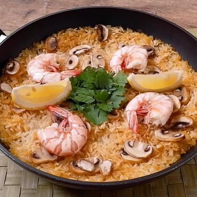 タイ米でつくる お手軽トムヤムパエリア
