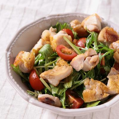 鶏もも肉のローズマリーソテーと水菜のサラダ