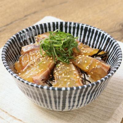 柚子胡椒香る 鯛漬け丼