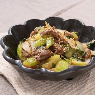牛肉とセロリのオイマヨ炒め
