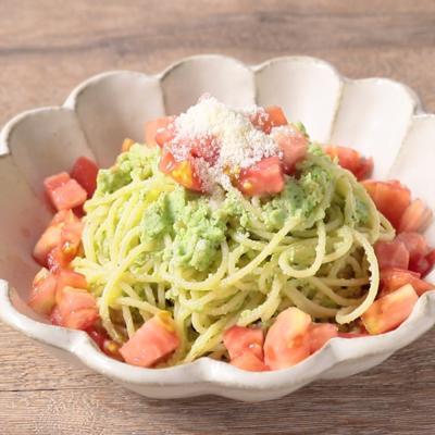 枝豆とトマトのジェノベーゼパスタ