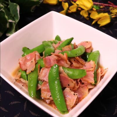 お弁当に最適!彩り綺麗なスナップエンドウの炒め物
