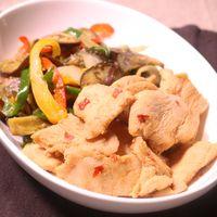 鶏むね肉の生姜風味ソテー