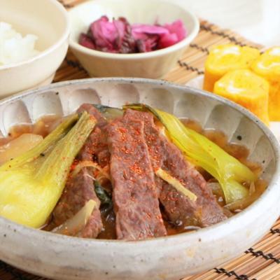 牛カルビと野菜の甘辛煮