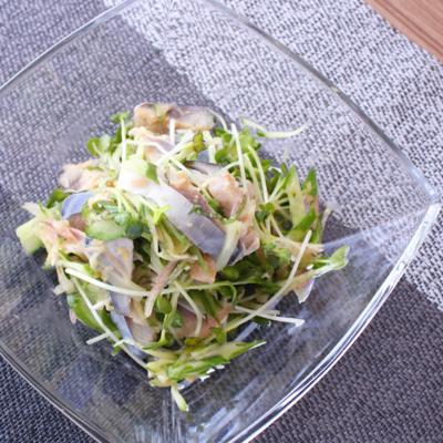 しめ鯖と香味野菜の和え物