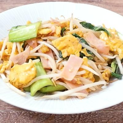 チンゲン菜ともやしの卵炒め