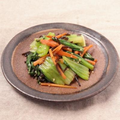 チンゲン菜とにんじんの塩昆布和え
