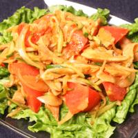 レンジで簡単!野菜たっぷり蒸し鶏サラダ