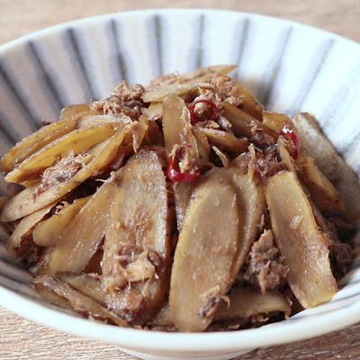 ごぼうとサバ缶のピリ辛炒め