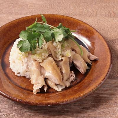 炊飯器で ねぎ塩ダレでいただくエスニック鶏飯