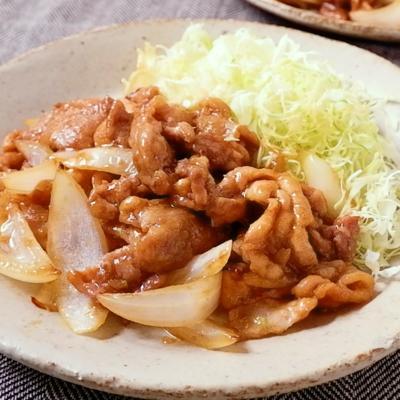 玉ねぎと豚こま切れ肉の生姜焼き