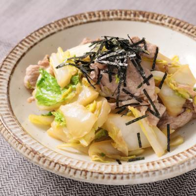カット野菜で 白菜と豚肉のバタポン炒め