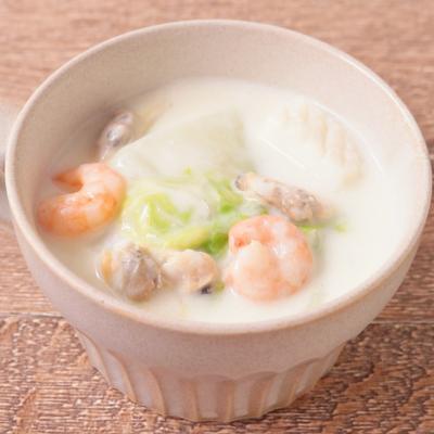 シーフードミックスと白菜のクリーム煮