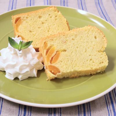 びわシフォンケーキ