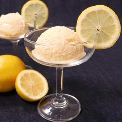 爽やかだけど濃厚!レモンアイスクリーム