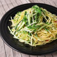 水菜と柚子胡椒のペペロンチーノ